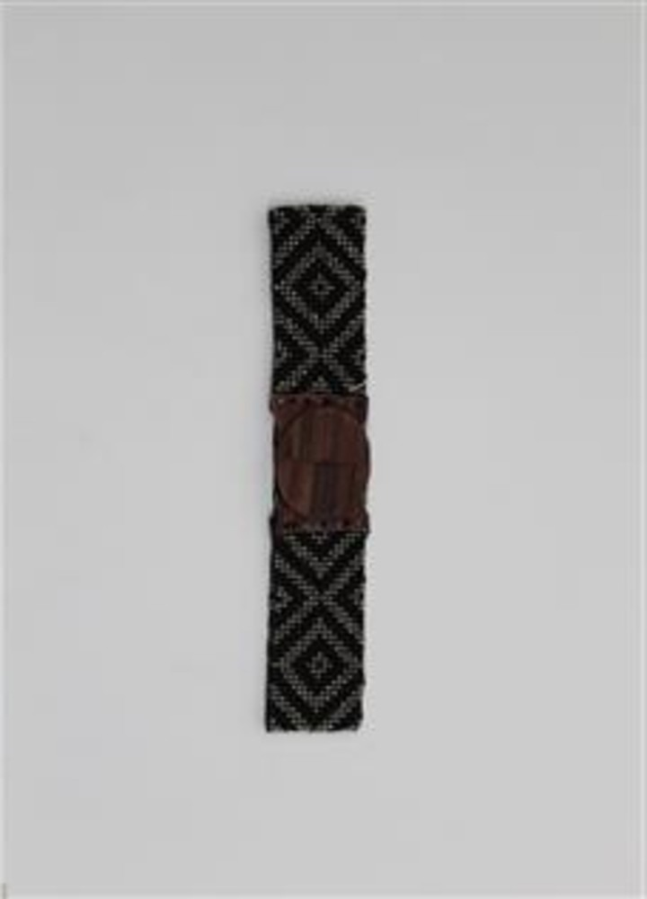 cinturón bolitas rombo negro
