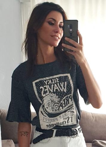 Camiseta waves