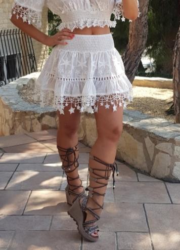 falda estrellas blanca