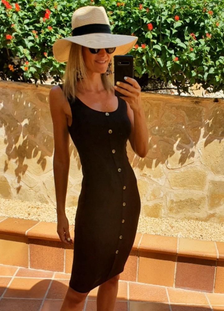 vestido adenor negro