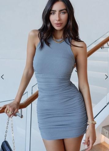 vestido essential