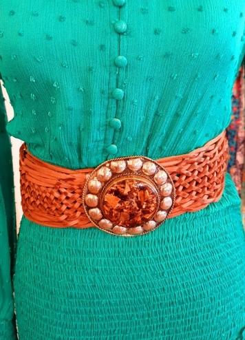 cinturón chapa tachuelas marrón
