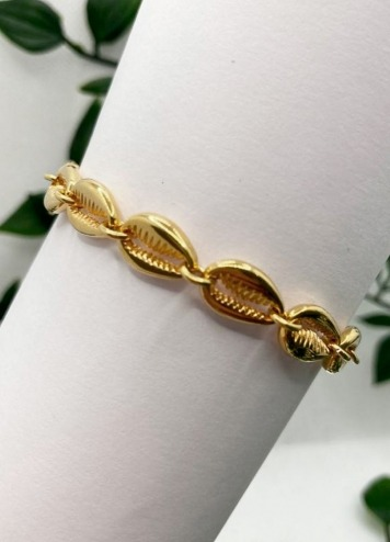 Pulsera conchas doradas